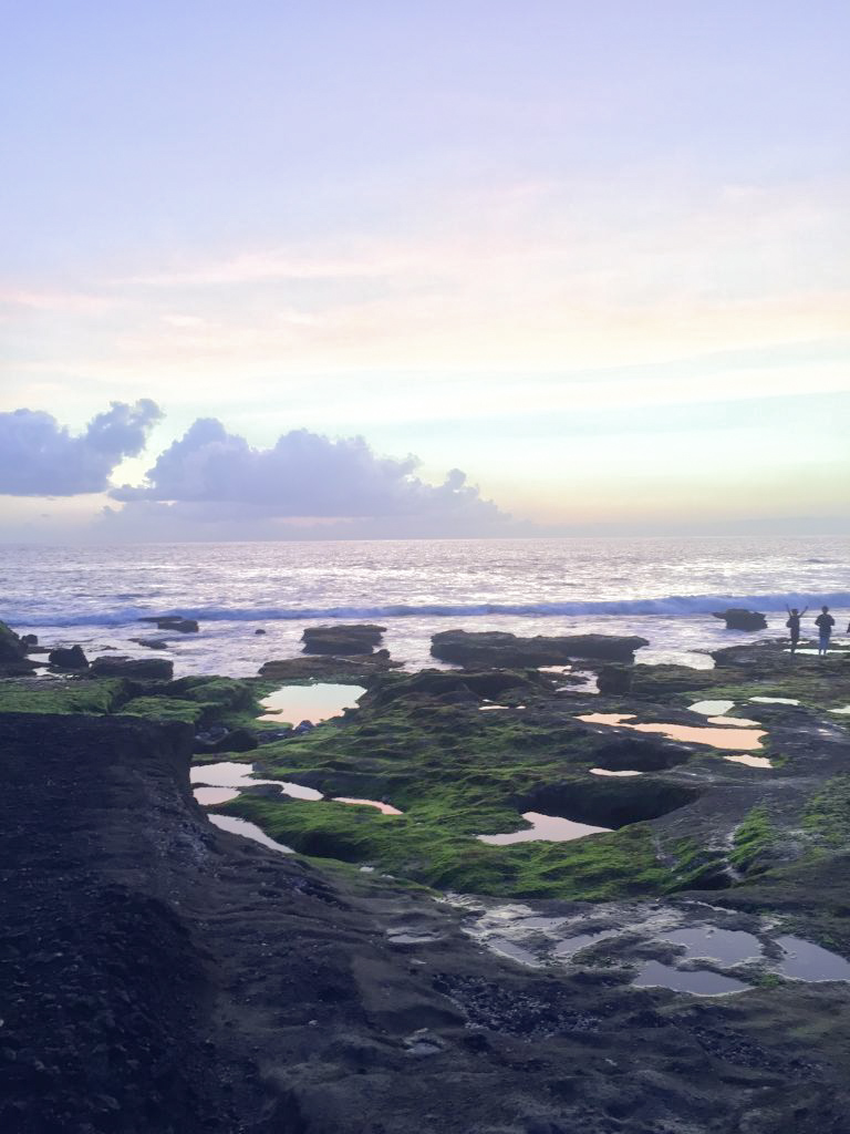 Picture of sunset on day trip to Tanah Lot.