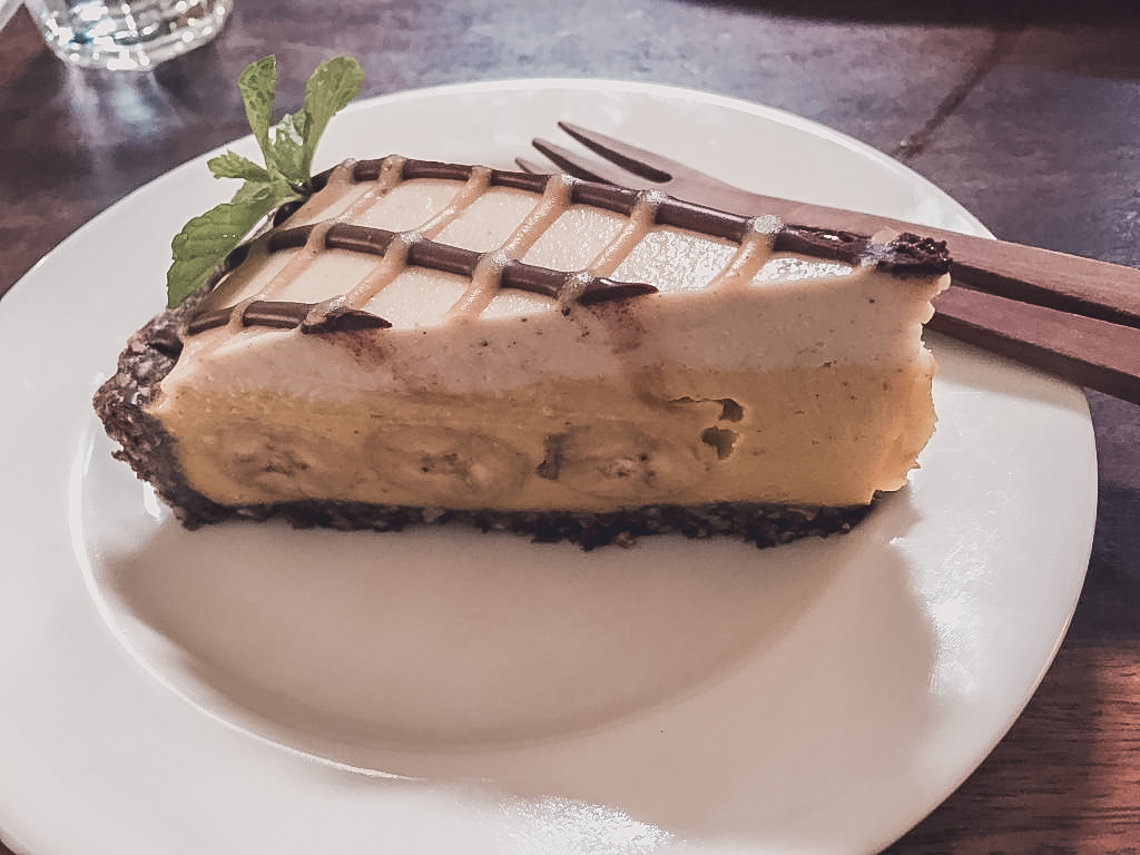 Banana caramel cake - the best vegan dessert in Ubud