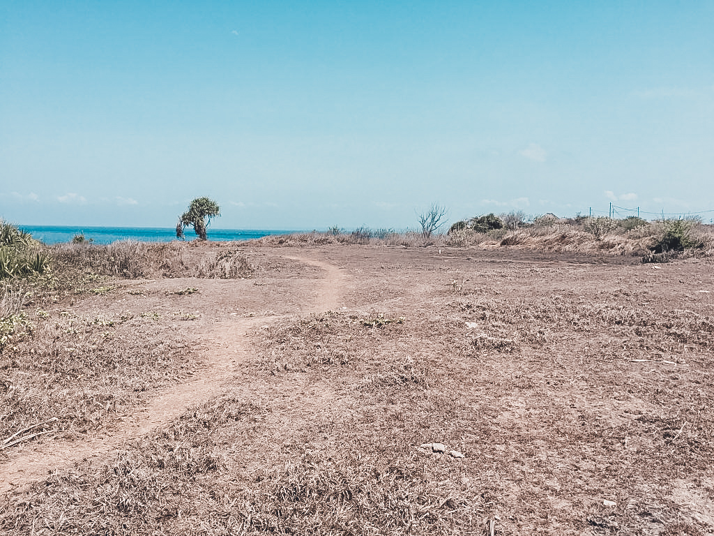 Not the prettiest place when exploring Nusa Lembongan by foot but definitely an adventure!