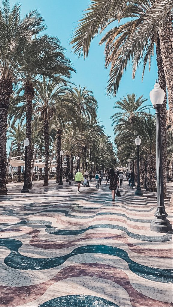 You can't miss a stroll down the Esplanada d'Espanya when visiting Alicante on a budget.